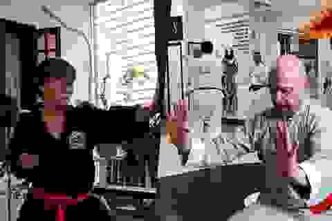 Cao thủ Vịnh Xuân Flores bí mật tới Việt Nam, quyết đấu võ sư Đoàn Bảo Châu