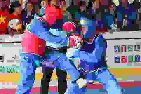 Những pha chiến đấu dũng mãnh của các võ sĩ Vovinam sinh viên
