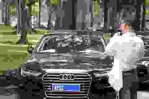 """Nghi vấn xe Audi """"mang danh"""" xe APEC để bán thanh lý, Hải quan nói gì?"""