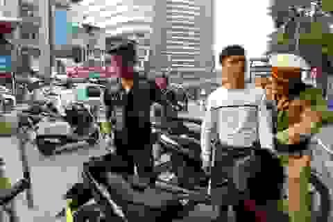 Hà Nội tăng cường xử lý thanh niên ngổ ngáo, vi phạm luật giao thông...
