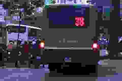 """TPHCM: Kiểm tra các """"hung thần"""" xe buýt"""