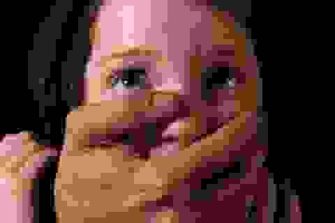 Kẻ phạm tội ấu dâm ở các nước bị xử lý ra sao?