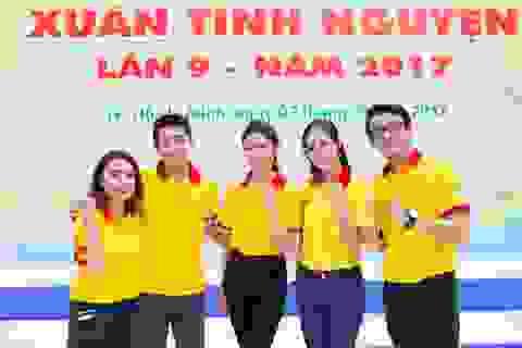 """Á hậu Thùy Dung, Quang Đăng """"cháy"""" cùng SV tình nguyện TPHCM"""