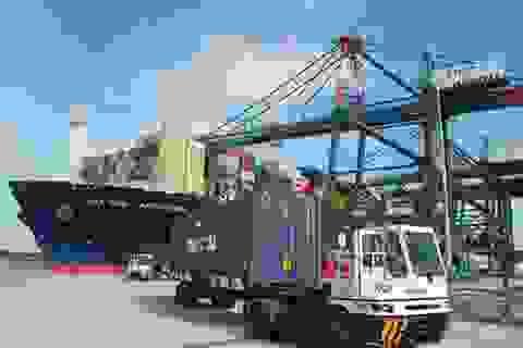 Xuất siêu giảm còn 2,6 tỷ USD, nhập khẩu Trung Quốc đạt gần 50 tỷ USD