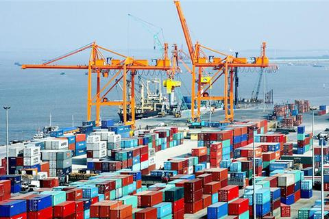Xuất khẩu tăng vọt, nhập siêu ước chỉ còn 2,78 tỷ USD