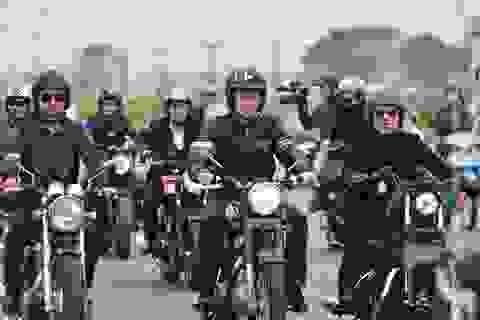 Đoàn môtô phân khối lớn diễu hành tưởng nhớ Trần Lập