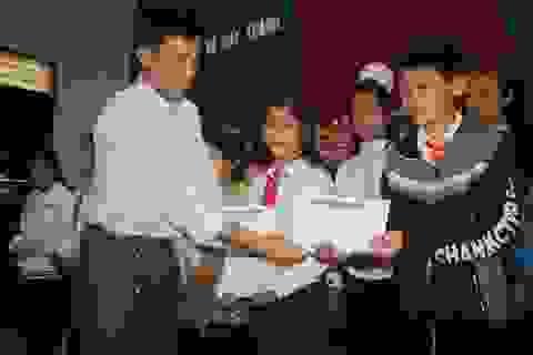 Grobest Việt Nam thắp sáng ước mơ học sinh nghèo miền đất võ