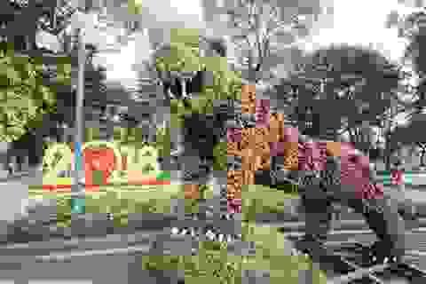 12 con giáp khổng lồ mừng Tết Mậu Tuất tại Hà Nội