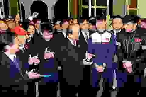 """Thủ tướng: """"Nuôi"""" tinh thần tiến công, bền bỉ, quyết liệt như U23 Việt Nam"""