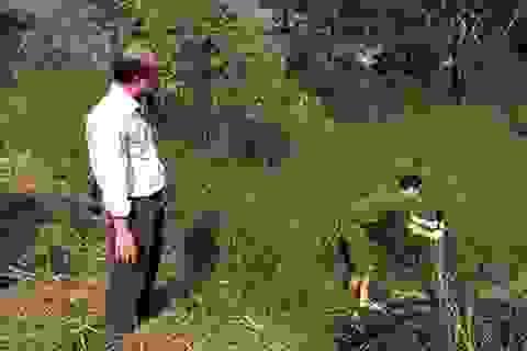 Bắt quả tang công ty xả nước thải trực tiếp ra sông Tha La