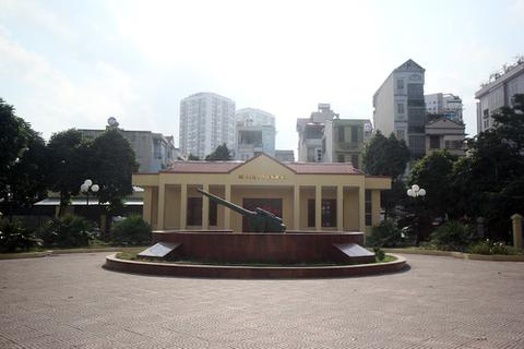 Sở VH&TT yêu cầu sớm trả lời báo chí vụ di tích pháo đài Xuân Tảo có nguy cơ thành phế tích!