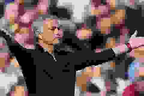 MU mất bao nhiêu tiền nếu sa thải HLV Mourinho?