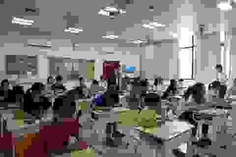 Hơn 35.000 học sinh Hà Nội tham dự Vòng 1 cuộc thi TOEFL Challenge