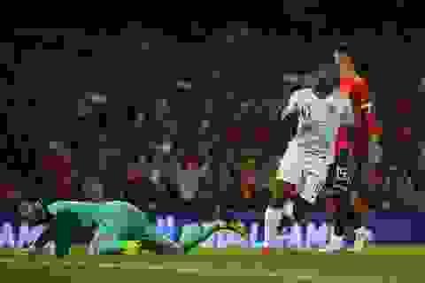 Tây Ban Nha lập kỷ lục buồn sau thất bại trước Anh