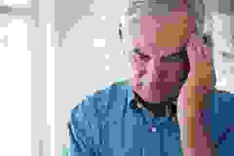 Người cao tuổi có nguy cơ tự tử cao hơn?