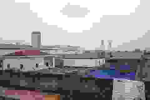 """Ninh Bình: Dân sống cạnh nhà máy xử lý nước thải """"ngộp thở"""" vì bị… hành ngày đêm!"""