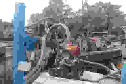"""Bắt 3 thuyền """"khủng"""" hút cát lậu trên sông Đồng Nai"""