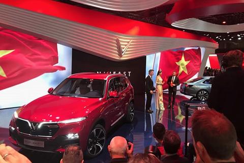 VinFast chính thức ra mắt hai mẫu xe tại Paris Motor Show 2018