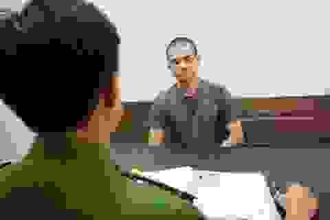 Khởi tố người đàn ông cầm lựu đạn cố thủ 14 tiếng về 3 tội danh