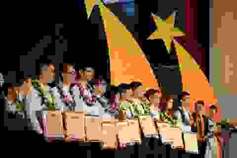 Tuyên dương 33 học sinh giành thành tích cao tại Olympic quốc tế và khu vực 2018