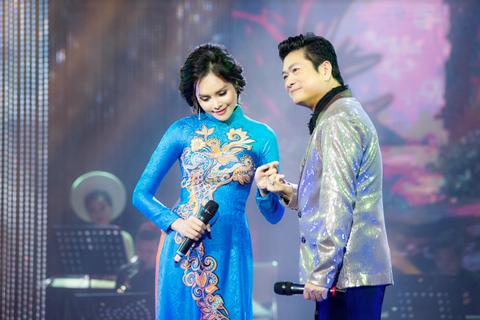 Người đẹp Bolero Hà Thành Lê Trinh lộng lẫy sánh đôi cùng ca sĩ Mạnh Đình