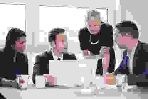 Sếp giỏi thường xuyên đối thoại với nhân viên