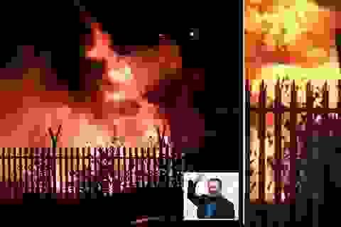 Trực thăng của ông chủ đội bóng Leicester City phát nổ thành cầu lửa