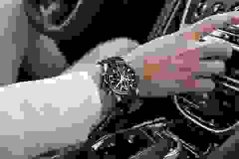 Chiêm ngưỡng tuyệt phẩm đồng hồ Tag Heuer mới làm cho chủ xe Aston Martin