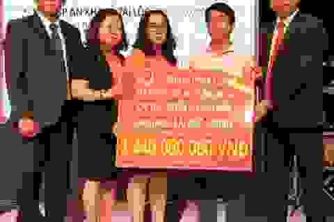 Hanwha Life Việt Nam chi trả gần 5 tỉ đồng quyền lợi bảo hiểm cho khách hàng tại Gia Lai