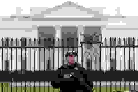 Nhà Trắng, Lầu Năm Góc nhận được bưu phẩm khả nghi chứa chất độc chết người