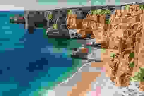 Điểm danh những bãi biển đẹp nhất Bồ Đào Nha