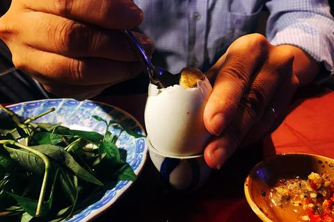 """Món ăn dân dã của Việt Nam thành """"món Halloween"""" của khách phương Tây?"""