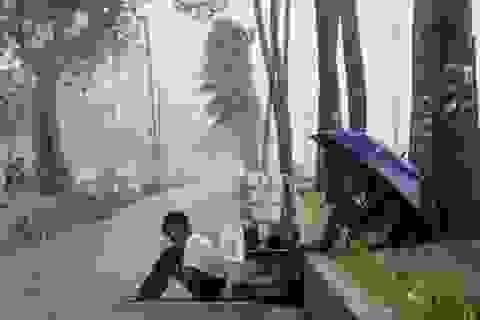 Siêu bão Yutu đổ bộ Philippines, 6 người chết, hàng chục người bị lở đất chôn vùi