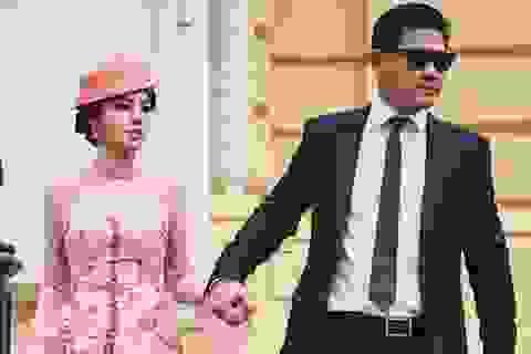 """Jolie Nguyễn đẹp xuất thần trong BST """"Diva quyến rũ"""" của Kenny Thái"""