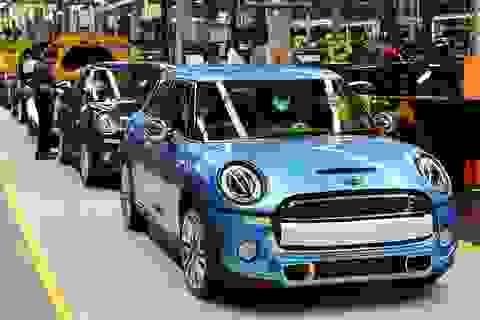Mini và Rolls-Royce sẽ tạm ngừng sản xuất tại Anh trong thời gian Brexit