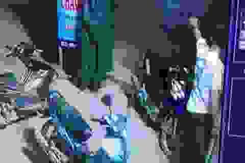 Trưởng Công an xã đánh nhau, nổ súng nhận kỷ luật cảnh cáo