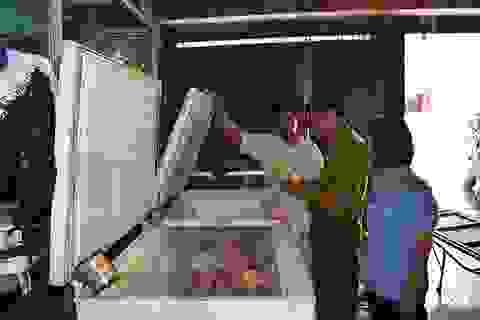 Vụ hàng trăm học sinh ngộ độc: Kiểm tra cơ sở cung cấp thịt gà cho trường