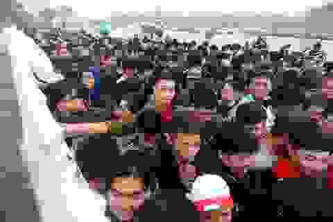 """Dân mạng bức xúc với tình trạng """"cò vé"""" trận đấu Việt Nam- Malaysia"""