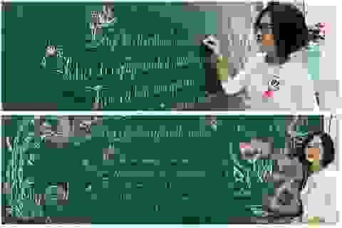 """Mê mẩn những nét chữ """"rồng bay - phượng múa"""" của các giáo viên trên bảng xanh"""