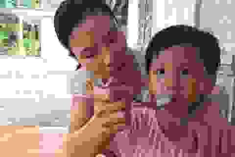 """Người mẹ nghèo suốt 11 năm khao khát hai con gọi một tiếng """"mẹ ơi"""""""