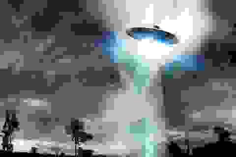 Hàng loạt UFO bí ẩn xuất hiện trên bầu trời Ireland