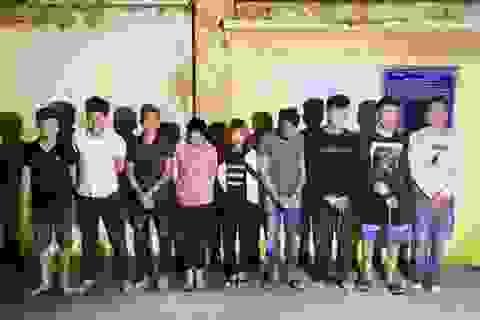 Gần chục thanh niên nam nữ rủ nhau vào quán karaoke sử dụng ma túy