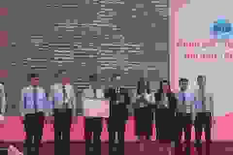 Trường ĐH Sài Gòn nhận Huân chương Lao động trong lễ tri ân nhà giáo