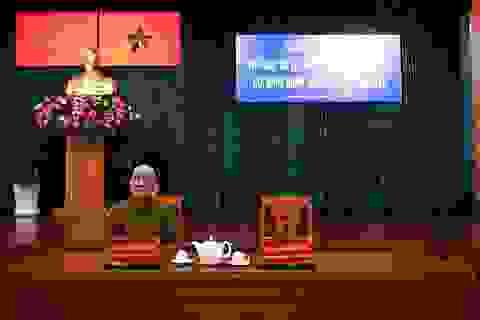 Ông Tất Thành Cang xin phép vắng mặt buổi tiếp xúc cử tri