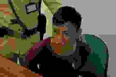Hà Nội: Cảnh sát giao thông tóm gọn tên cướp điện thoại của thiếu nữ