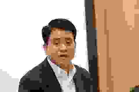 """Chủ tịch Hà Nội đang """"hẹn hò"""" đưa dây chuyền sản xuất iPhone về Việt Nam"""