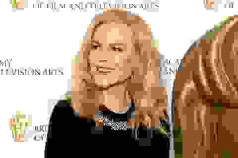 Nicole Kidman trẻ đẹp ở tuổi 51