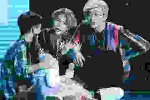Vũ Cát Tường- Soobin Hoàng Sơn buồn rũ rượi nhìn học trò ôm nhau khóc