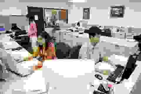 Viên chức thuộc đối tượng phải tham gia bảo hiểm thất nghiệp