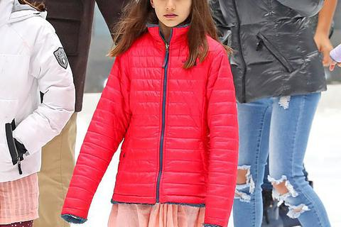 Suri Cruise - Cô con gái 5 năm không hề gặp cha ruột